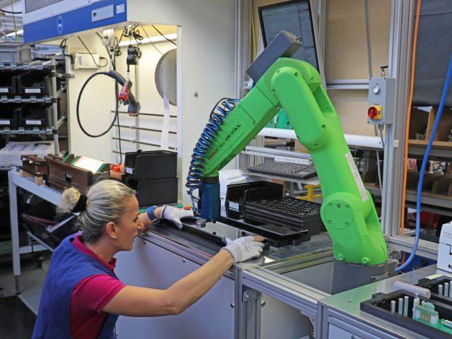 Pourquoi intégrer des robots dans un projet d'amélioration de la qualité de vie au travail ?